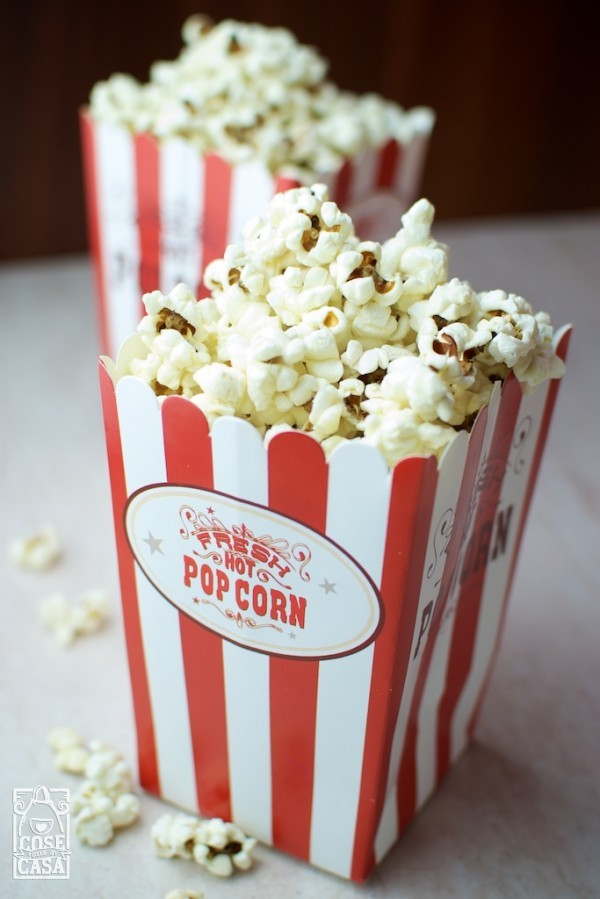 Pop corn al burro: pop corn caldi e fumanti